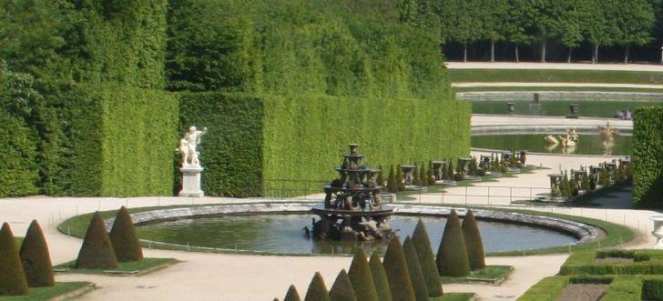 fuentes de los jardines de versalles